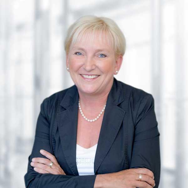 Katja Harries, Jahresabschlüsse und Steuererklärungen