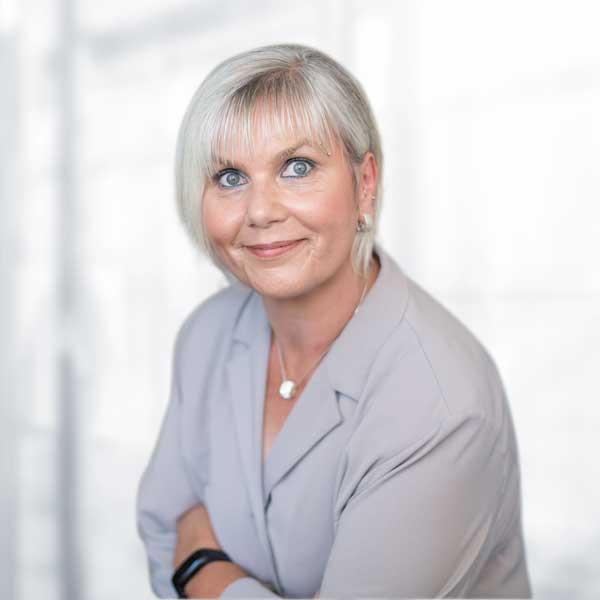 Andrea Krieshammer, Sekretariat