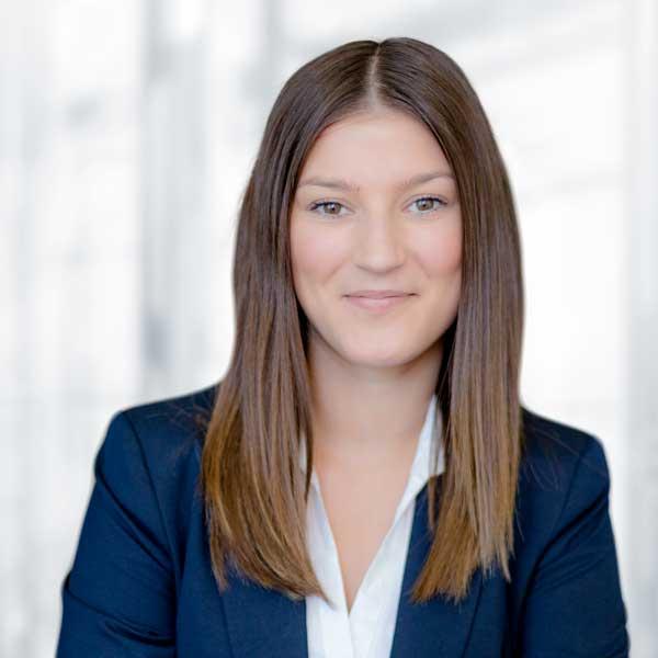Janina Vette, Finanz- & Lohnbuchhaltung