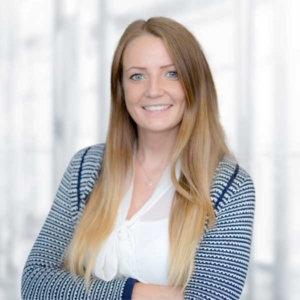 Sara Schrader, Finanz- & Lohnbuchhaltung